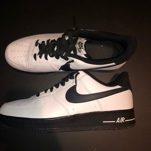 Customized Air Force 1s
